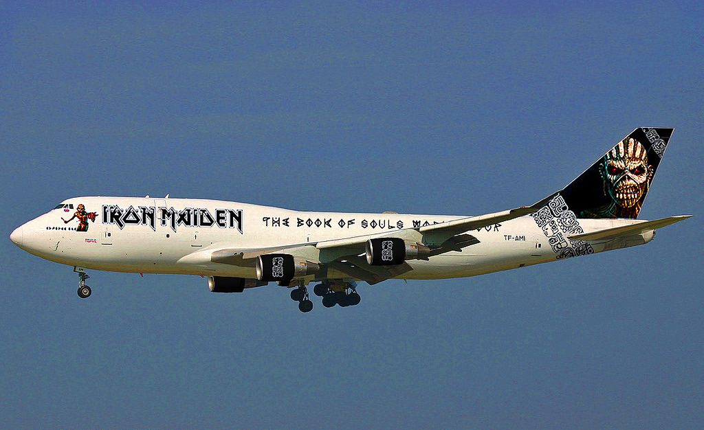 iron maiden sempre pi in alto il nuovo aereo il nuovo eddie la prima del tour 2016 radio. Black Bedroom Furniture Sets. Home Design Ideas