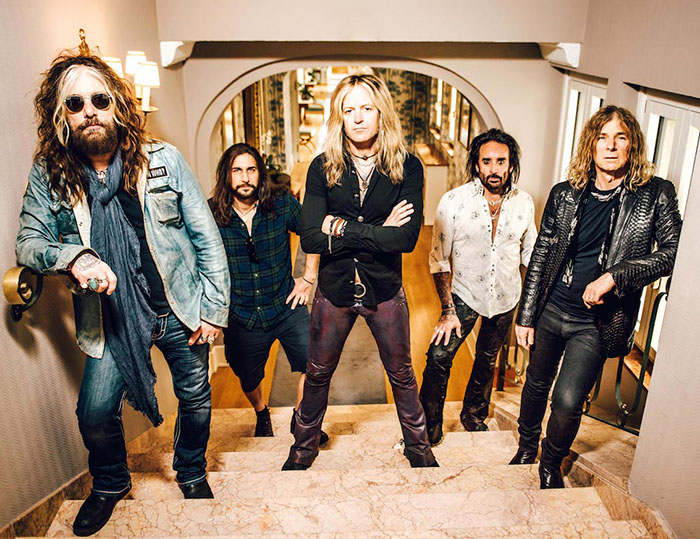 the-dead-daisies-2016-groupshot-lores1