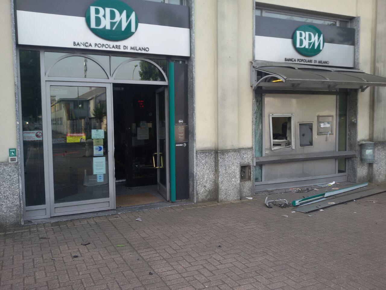 La Banda Del Bancomat Colpisce Anche A Buccinasco Radio Lombardia