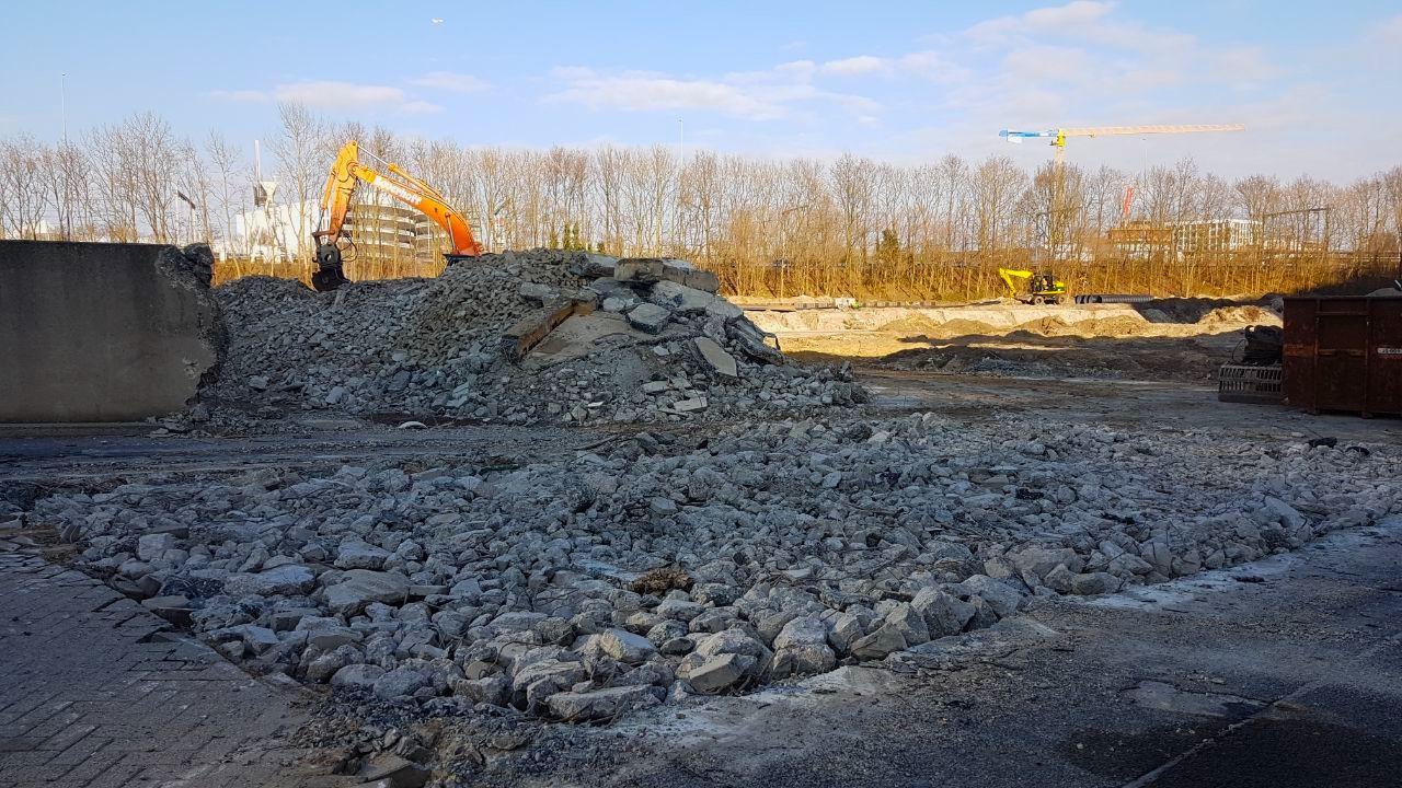 Ema le foto del cantiere dove dovrebbe sorgere la nuova for Dove ha sede il parlamento italiano