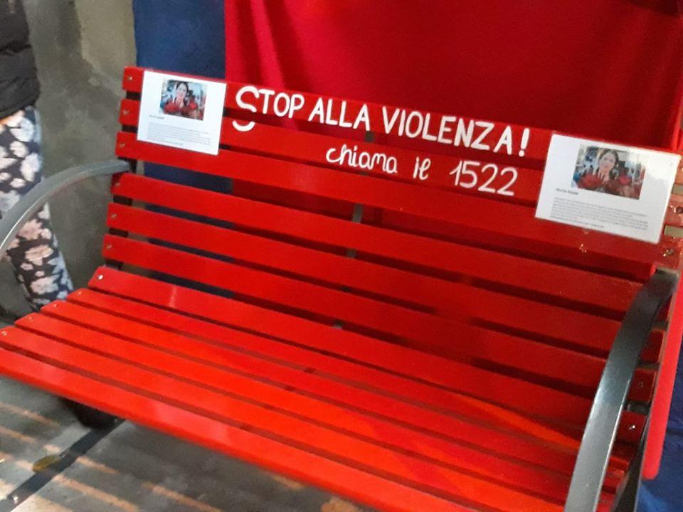 violenza alle donne appello ai sindaci per aderire al progetto delle panchine rosse radio lombardia violenza alle donne appello ai sindaci